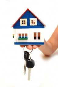 house with keys copy